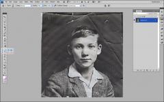 超赞的PS修复陈旧的老照片教程