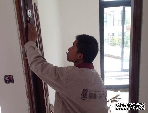 木门门套安装方法图解   三联