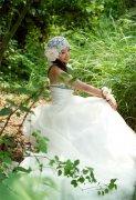 Photoshop调出婚纱照的迷人青色调